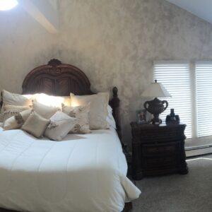 joe capone bedroom